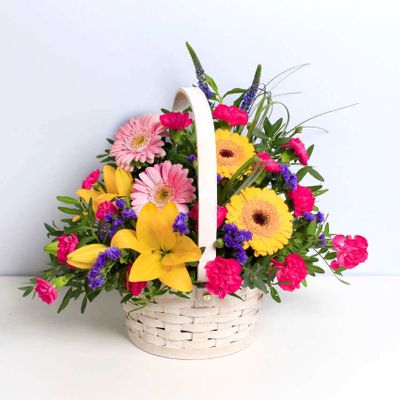 Arcadia Basket is a combination of colourful flowers. It can make someone's day brighter and is a special flower to give to your loved one. In general, the main component of this basket is Germinis.