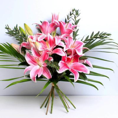 The Pink Lily Bouquet has sweet and soft flowers with scented aroma. It makes feel very romantic and loving throughout the surroundings.