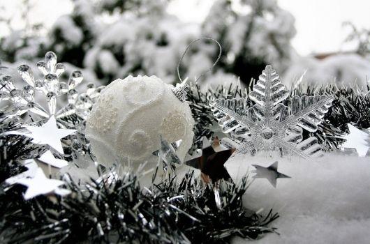 Mirror and Crystal Christmas Banner