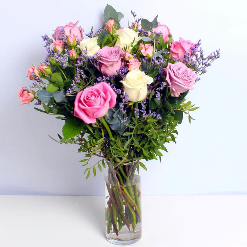 mixed roses pink roses lilac roses
