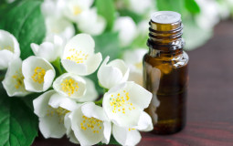 Jasmine Essential Oil Banner